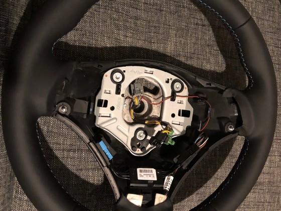 Beheiztes Lenkrad im M3 Look - Detail
