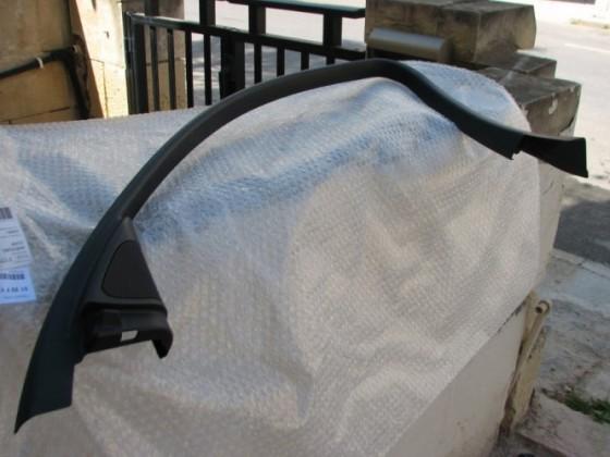 Cover for window frame BMW E90