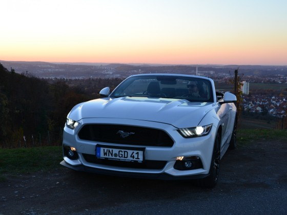 Ford Mustang GT 5.0 Cabrio 2