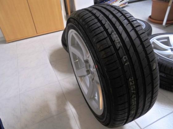 Dezent B mit Reifen Hankook Ventus Prime² >>> 225/45/17 94W XL