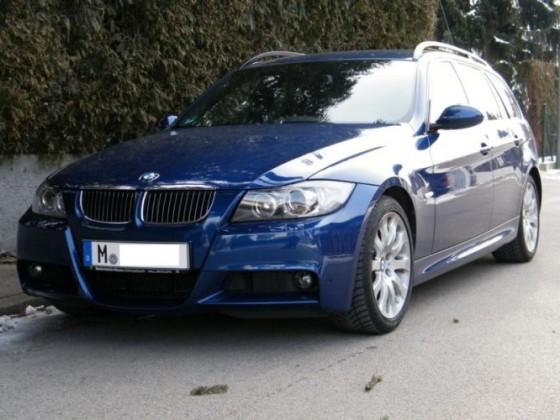 BMW E91 330i