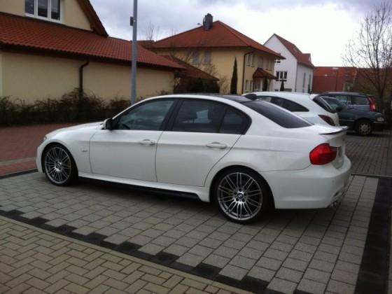 E90 LCI White / Black