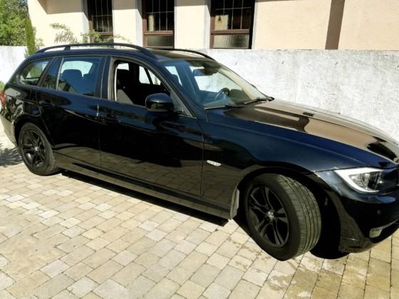 BMW E91 BLACK