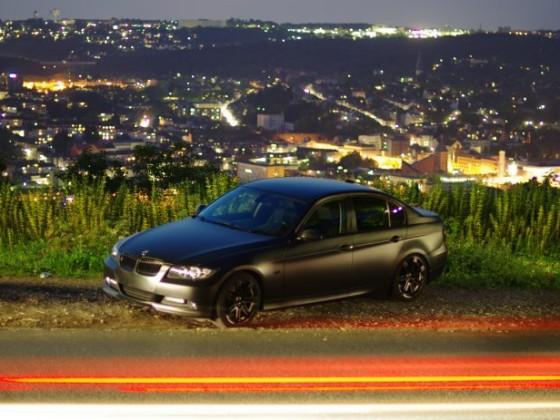 BMW bei NAcht