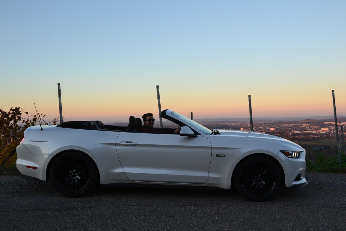 Ford Mustang GT 5.0 Cabrio Seite