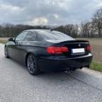 BMW '21 rear
