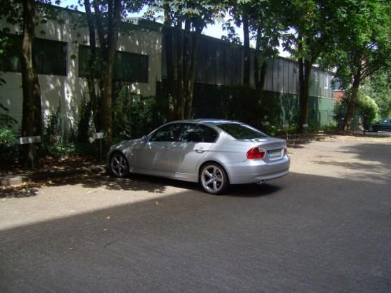 BMW E90 325i Titansilber Bj. 05.2005