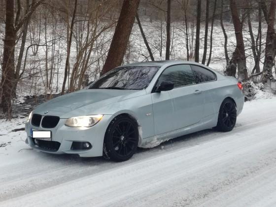 335XI im Schnee