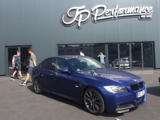 BMW 325i E90 Le Mans Blue Performance