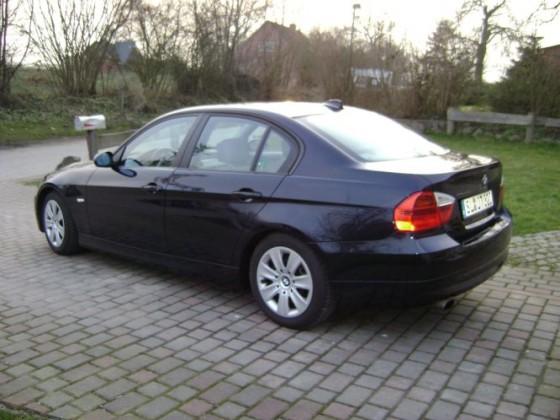 März 2009 Mein BMW gerade bekommen und angemeldet *g