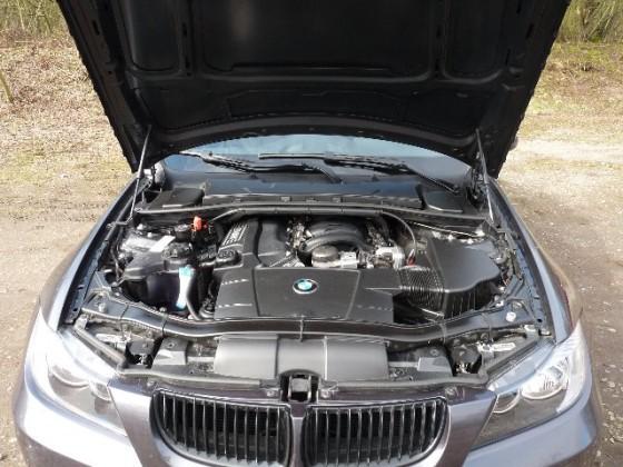 BMW E90_7.jpg